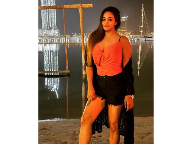 How do I find sexy and safe prostitutes in Dubai?
